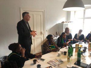 Dr. Wesselmann erklärt den africrops! Ansatz und die Chancen für afrikanische Produkte in Europa